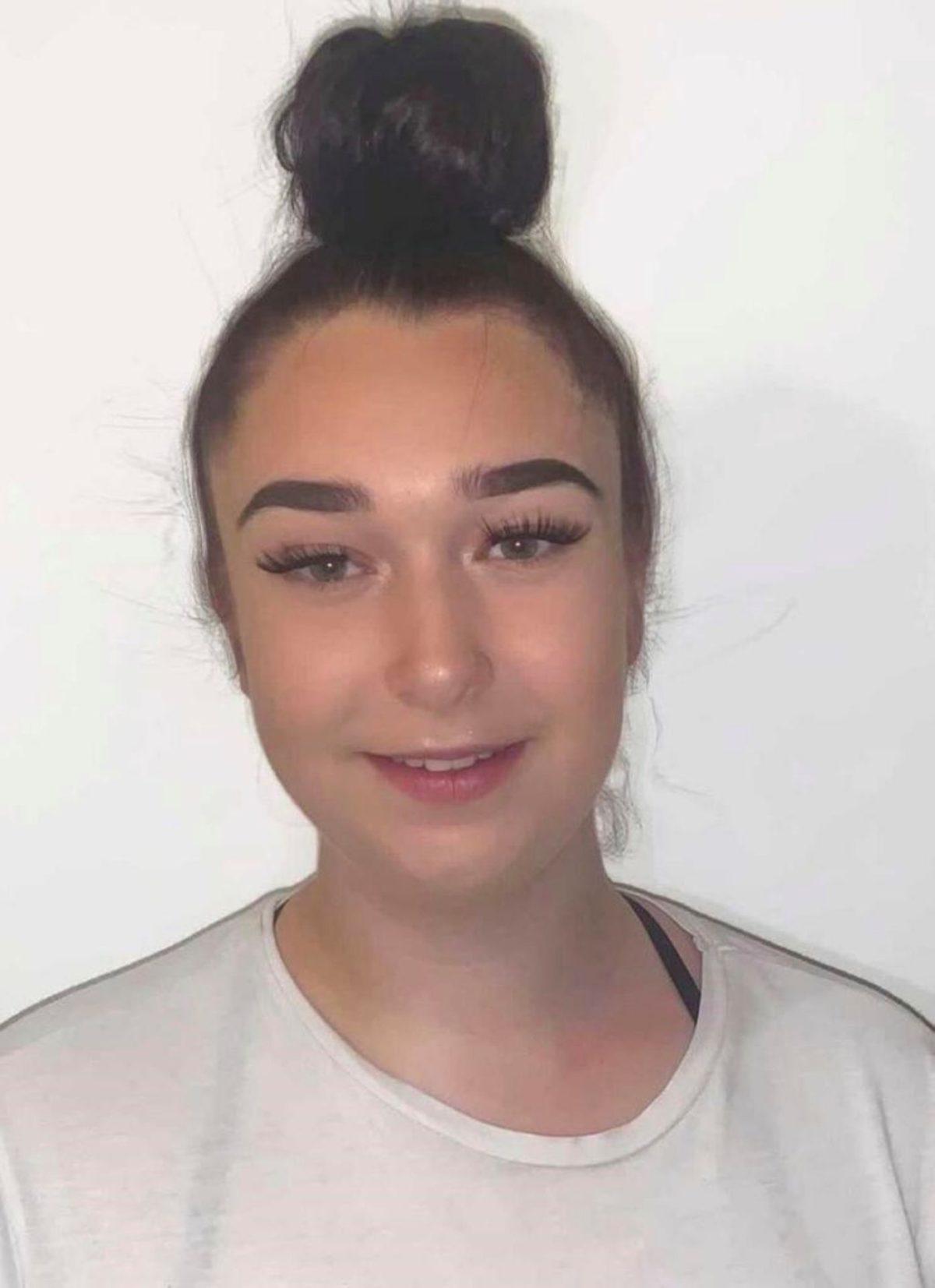 Rosie Esente Hair Salon in Wimbledon, Apprentice